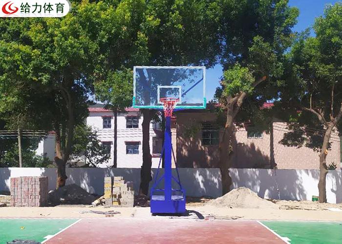 江西篮球架多少钱