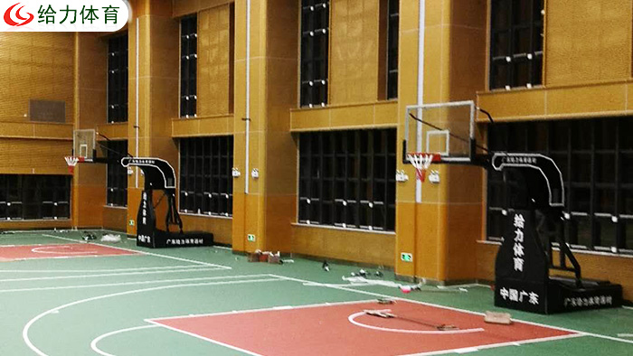 广州篮球架价钱