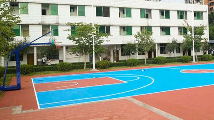 顺德容桂实验学校埋地篮球架大换装!隔壁学校的学生都羡慕啦