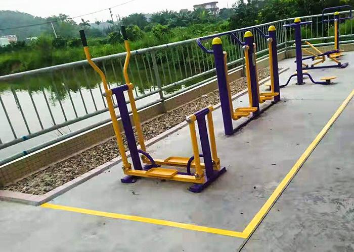 室外健身器材