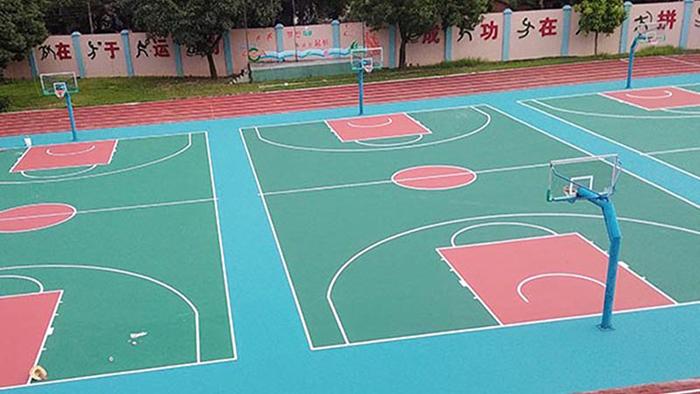 惠州同心汽配城新的篮球架上场,助力员工强身健体