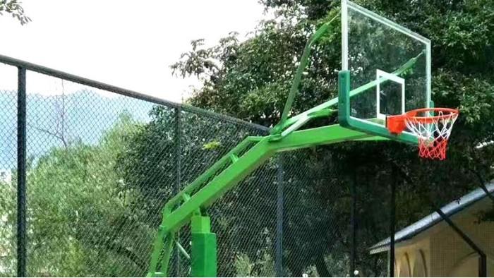 当佛山三水的篮球架遇上给力体育,马上变的不一样