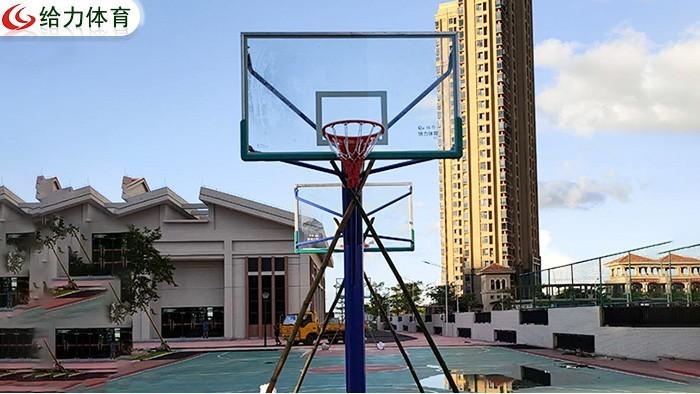 江西篮球架价钱