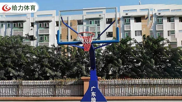 篮球架一对要多少钱