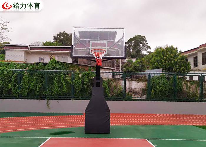 学校篮球架