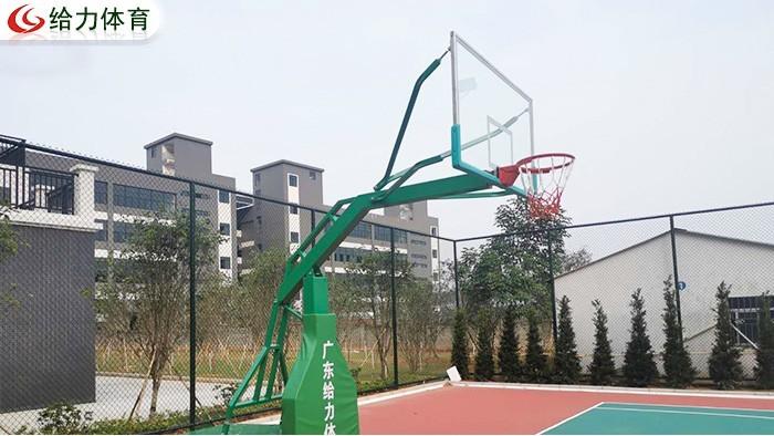 移动篮球架厂家