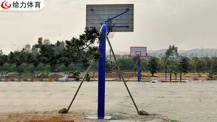 海南一对篮球架价钱
