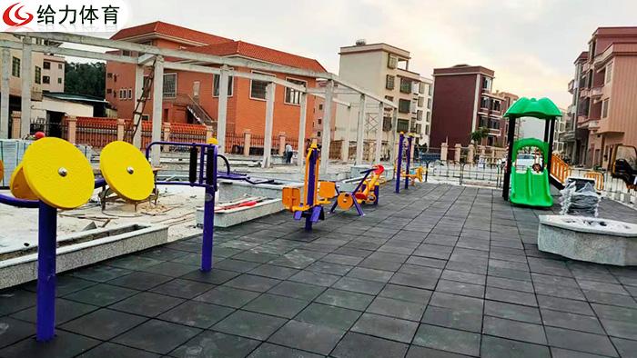 小区公园户外健身器材