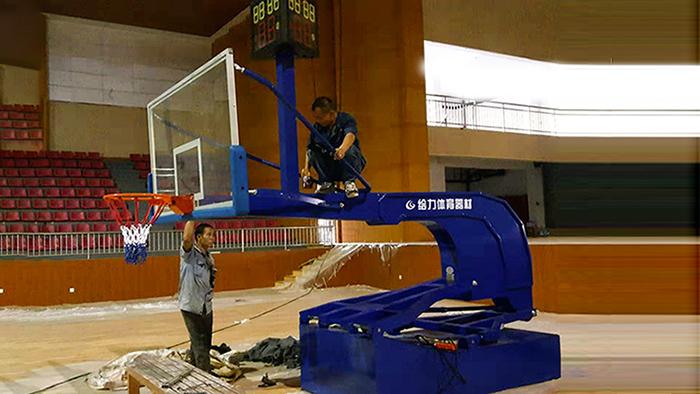 电动液压篮球架 手动液压篮球架