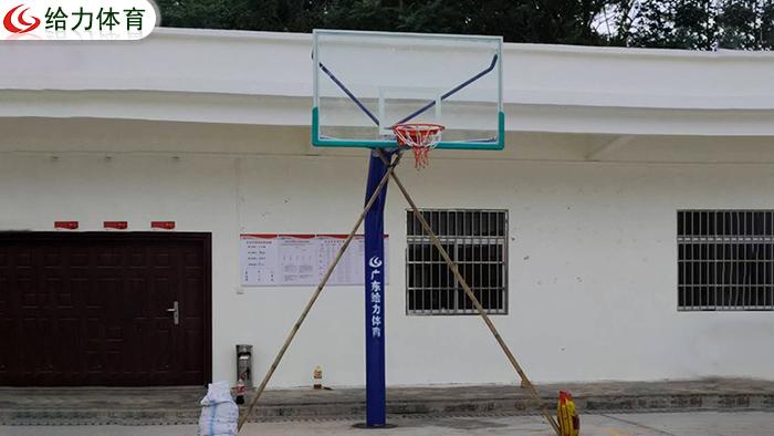 江西篮球架厂家