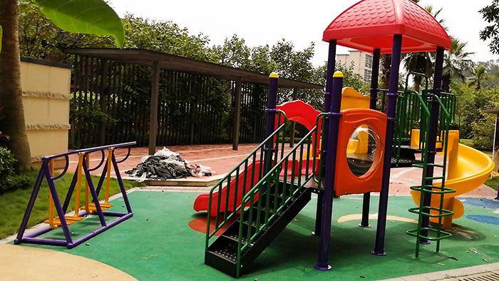 珠海佛山幼儿园应该怎么选择适合的儿童滑滑梯款式