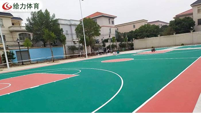 彩色篮球场报价