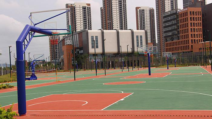 珠海市香洲区金钟小学携手给力体育安装埋地独柱篮球架项目完成