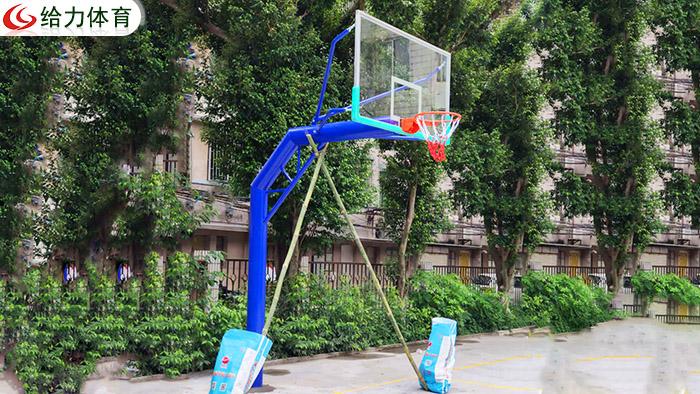 湛江篮球架厂家