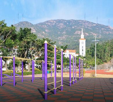 学校户外健身器材安装
