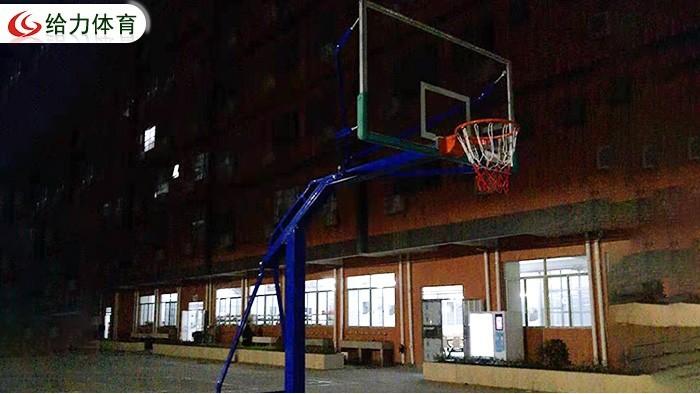 可移动篮球架价格