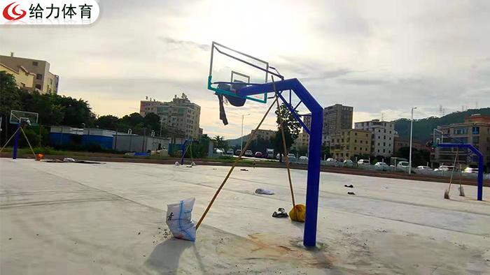 桂林标准篮球架