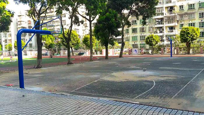 安装篮球架