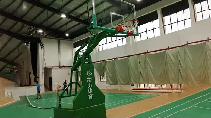 篮球架厂家  移动篮球架