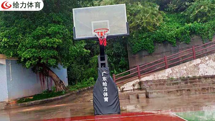 南宁移动篮球架