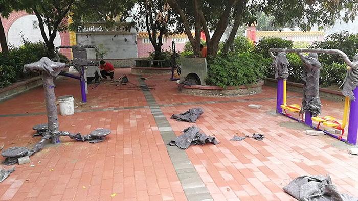 喜报!佛山雅居乐小区36套公共健身器材已安装到位